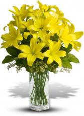 Smile Pretty Vase Arrangement