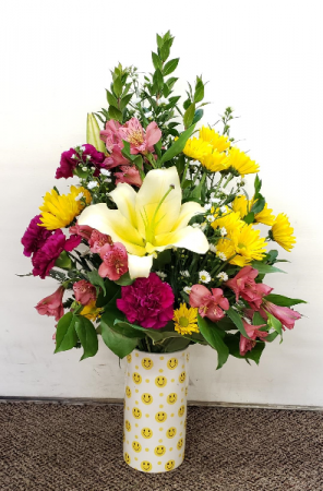Smiling Appreciation Arrangement Vase Arrangement
