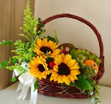 Smiling Gift basket