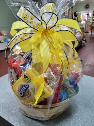 Snack Attack Basket Gift Basket in Henderson, TX | RAYFORD FLORIST & GIFTS