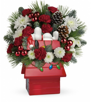 Snoopy's Christmas Holiday Arrangement