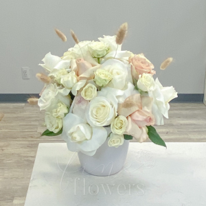 Snow Bunny Vase Arrangement in Middletown, NJ | Fine Flowers
