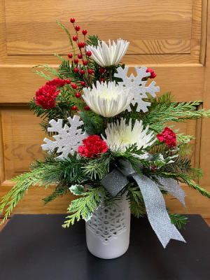 Snowflake Dream  in Yankton, SD | Pied Piper Flowers & Gifts