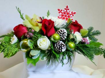 Snowflakes and Berries Seasonal Arrangement