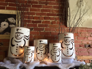 Snowman Tins   in Fowlerville, MI | ALETA'S FLOWER SHOP