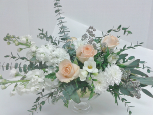 Soft and Lovely  in Tottenham, ON | TOTTENHAM FLOWERS & GIFTS