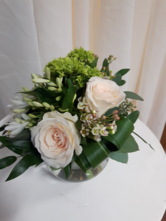 Soft and Pretty  Bubble Bowl Table Centerpiece