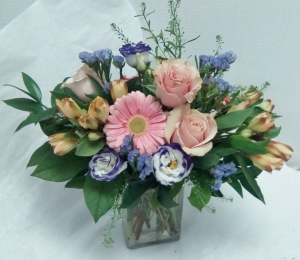 Soft and Sweet  in Tottenham, ON | TOTTENHAM FLOWERS & GIFTS