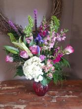 Soft embrace Vase arrangement