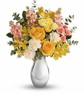 Soft Reflection Floral Bouquet