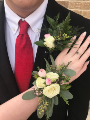 Soft Vintage Corsage & Boutonniere  in Pleasanton, TX | Flowers By Vintage Lace