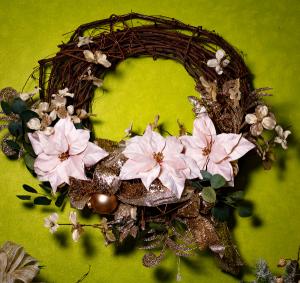 Soft Winter Wreath  in Milton, FL | PURPLE TULIP FLORIST INC.