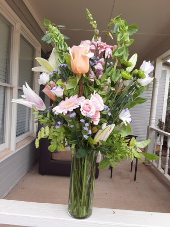 pleasant to the eye for any occasion vase