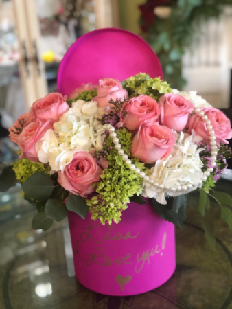Sophisticated Pink Rose Hat Box