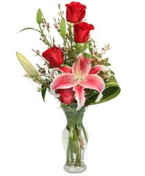 Sophisticated Roses Vase arrangement