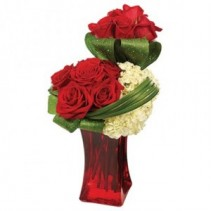 SOPHISTICATED VASE OF ROMANCE BOUQUET