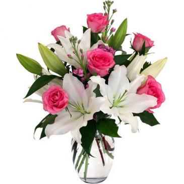 Soulmates Vase of Flowers