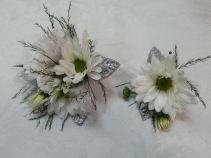Sparkle Daisy Wrist corsage and boutonniere