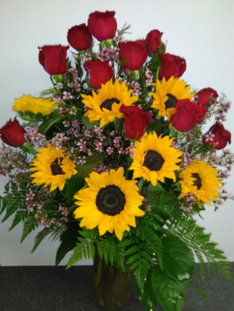 ROSES AND SUNFLOWERS MOTHERS DAY