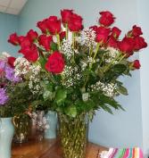 Spectacular 4 dozen Roses! every day