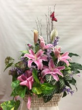 Spectacular Spring Combo Basket With Fresh Flowers