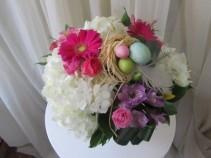 Spegtacular Easter Centrepiece Vase arrangement