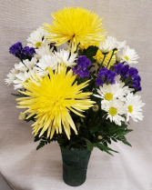 Spider Mums & Daisy Mixed Bouquet