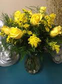 Splash Of Yellow Sunshine! Rose Arrangement in Winston Salem, NC   RAE'S NORTH POINT FLORIST INC.