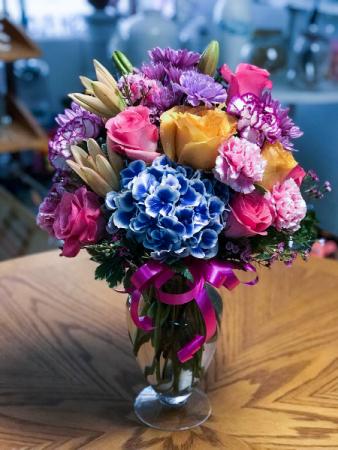 Heavenly Inspiration  EVERYDAY Floral Arrangement