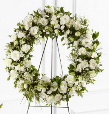 Splendor Wreath All White Large Wreath