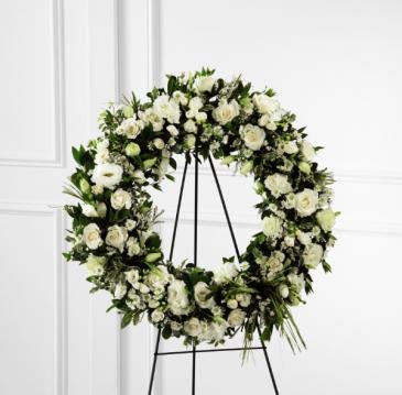 Splendor Wreath Standing Wreath