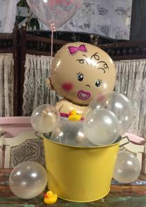 Splish Splash Balloon Centerpiece