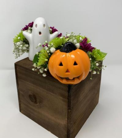 Spooky Pair Tea Light Candle Holder Arrangements