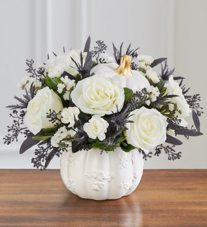 Spooky Pumpkin Bouquet 183638Lg in Snellville, GA | SNELLVILLE FLORIST