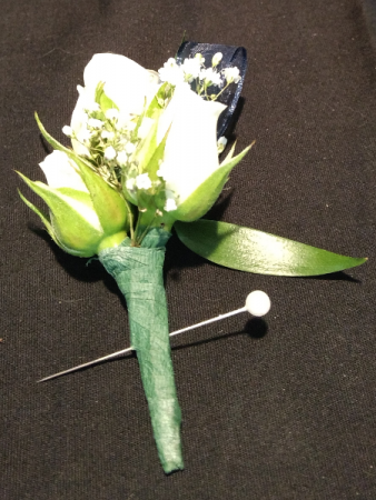 Spray Rose Boutonnieres Boutonniere