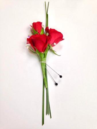 Spray Roses  Boutonnières