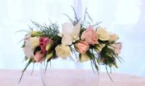Spray roses, Lisyanthus & Orchids Flower Crown