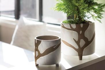 Sprig  Ceramic pot