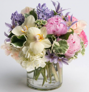 Spring Awakening   in Oakville, ON | ANN'S FLOWER BOUTIQUE-Wedding & Event Florist