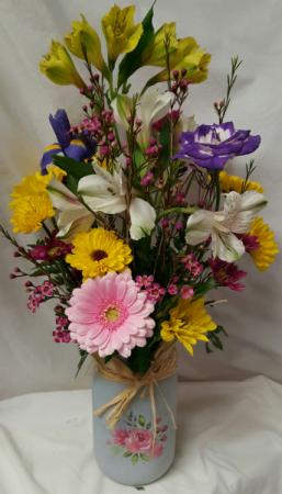 SPRING BREEZE...WHITE ROSE MASON JAR WITH  SEASONAL FLOWERS ARRANGED!