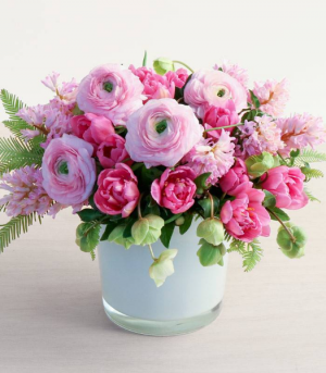 Spring Classics   in Oakville, ON | ANN'S FLOWER BOUTIQUE-Wedding & Event Florist