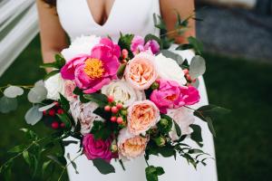 Spring Cream Bridal Bouquet in La Grande, OR   FITZGERALD FLOWERS