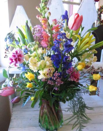 Spring Explosion Vase Arrangement
