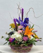 Spring Fling Powell Florist Featured Arrangement
