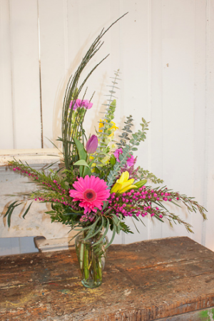 Spring Fresh Vase Designers Choice Spring Arrangement