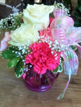 SPRING FRILLS Vase
