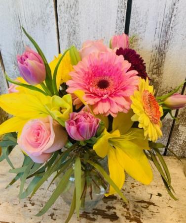 spring fun roses/tulips/lilliesand filler