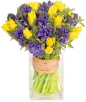 SPRING IN YOUR STEP  GLORIOUSLY SCENTED BOUQUET