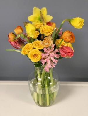 Spring Is Here! Vase Arrangement in Hardwick, VT | THE FLOWER BASKET