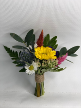 Spring Mix Bout Boutonniere